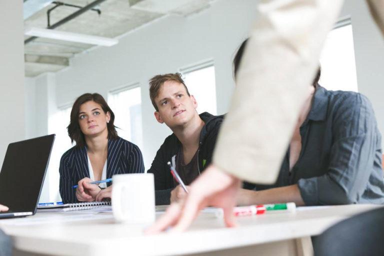 Jak efektywnie delegować zadania?